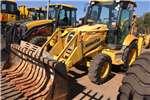 Excavators Komatsu 2011 Komatsu WB93R 2011