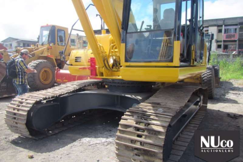 Komatsu KOMATSU PC220-8 EXCAVATOR Excavators