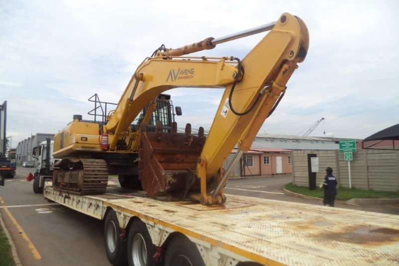 Komatsu Komatsu PC350 7 35 Ton Excavators