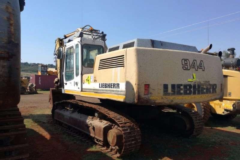 Liebherr 944 Excavators