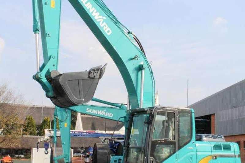 Sunward EC210-M 21 Ton Excavators