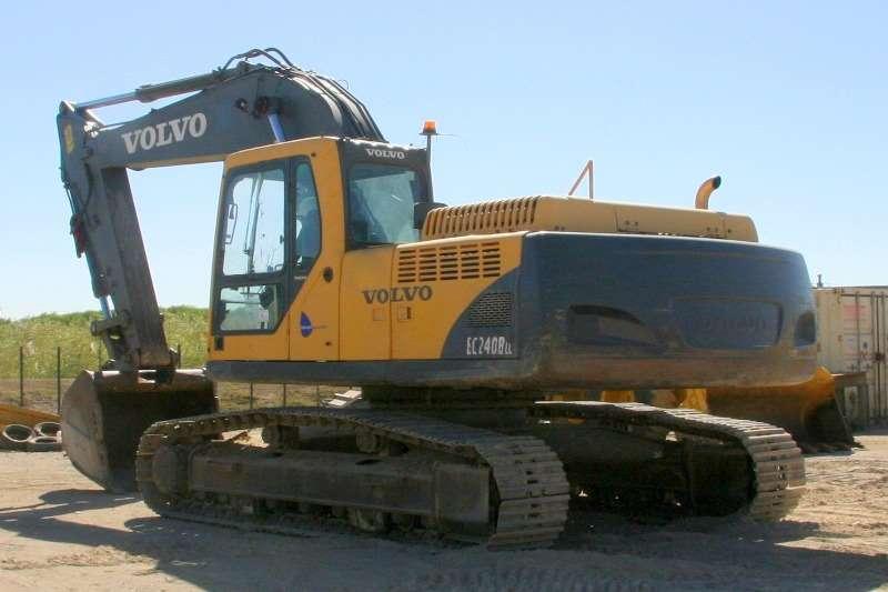 Volvo EC240B; Undercarriage 80% Excavators