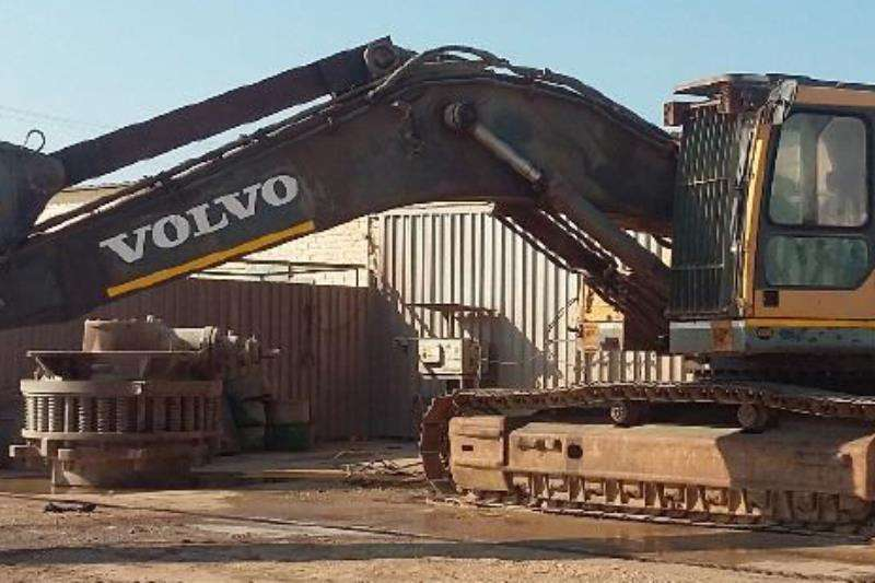 Excavators Volvo EC460 In good working condition 2009