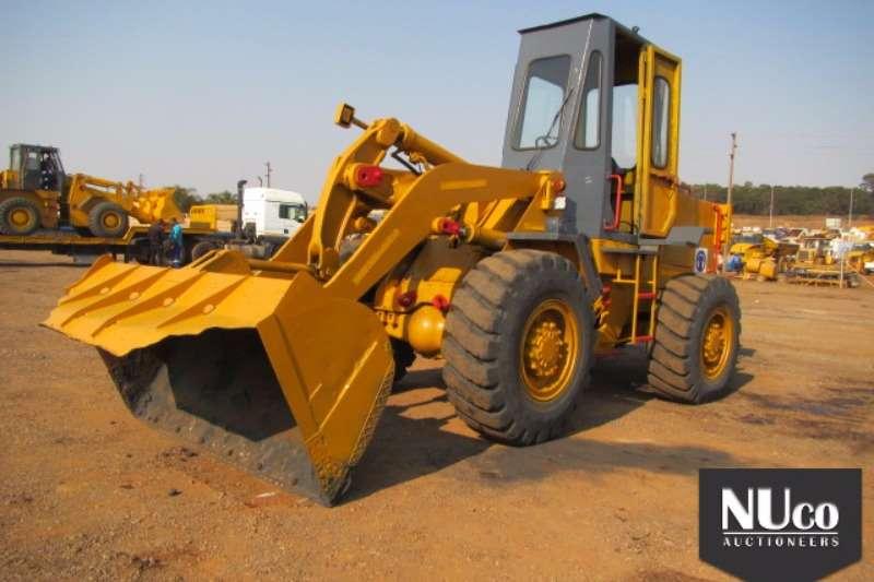 Caterpillar CAT 926 FRONT END LOADER FELs