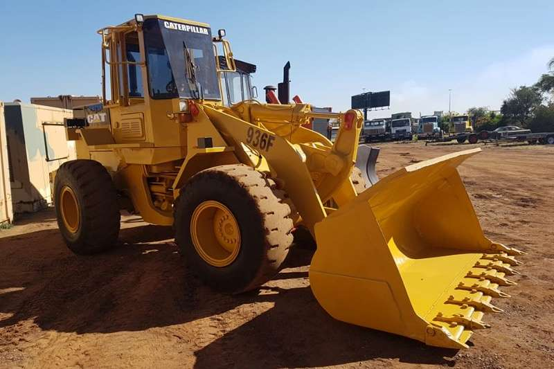 Caterpillar CAT 936F FRONT END LOADER FELs
