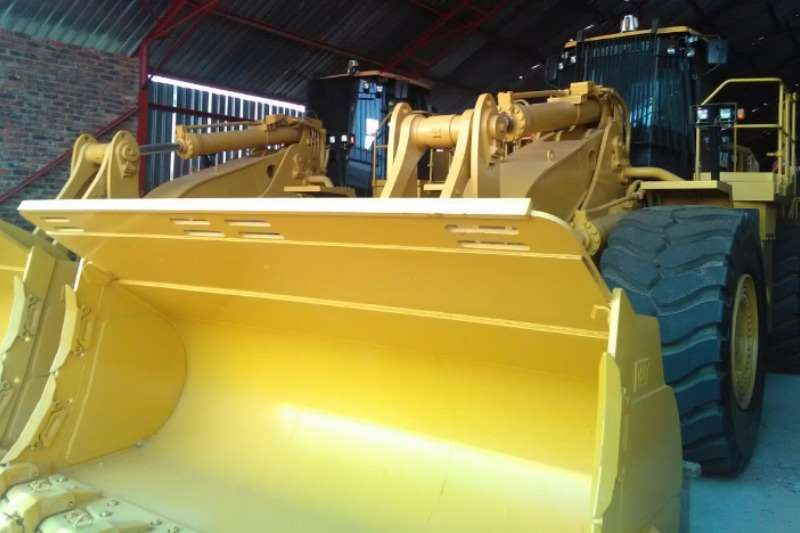 FELs Caterpillar Caterpillar 988H,Front End loader two available 2012