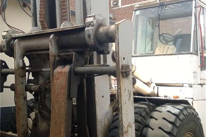 Hyster Diesel forklift 28 ton Diesel Refurbished Forklifts