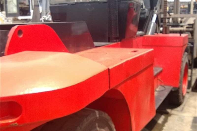 Linde 15 ton Linde Forklifts