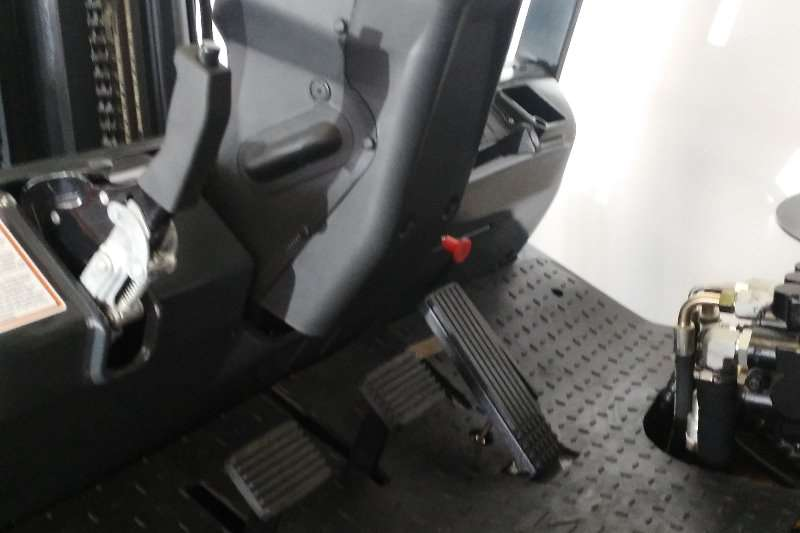 Liugong Diesel CLG2050H Light 5 Tonner Forklifts
