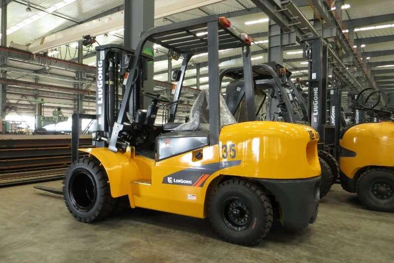 Forklifts Liugong Diesel CPCD35 A-SERIES 3,5 Tonner 2016