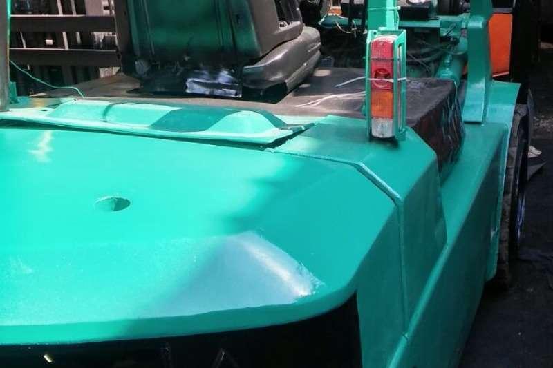 Mitsubishi Diesel forklift 4 ton, 4.5m lift Forklifts