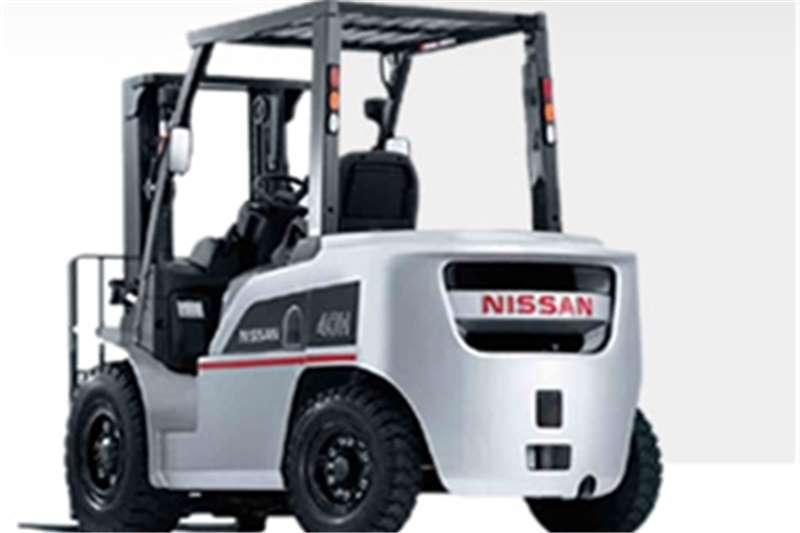 Nissan Diesel forklift 4 ton Diesel 4m Lift Forklifts