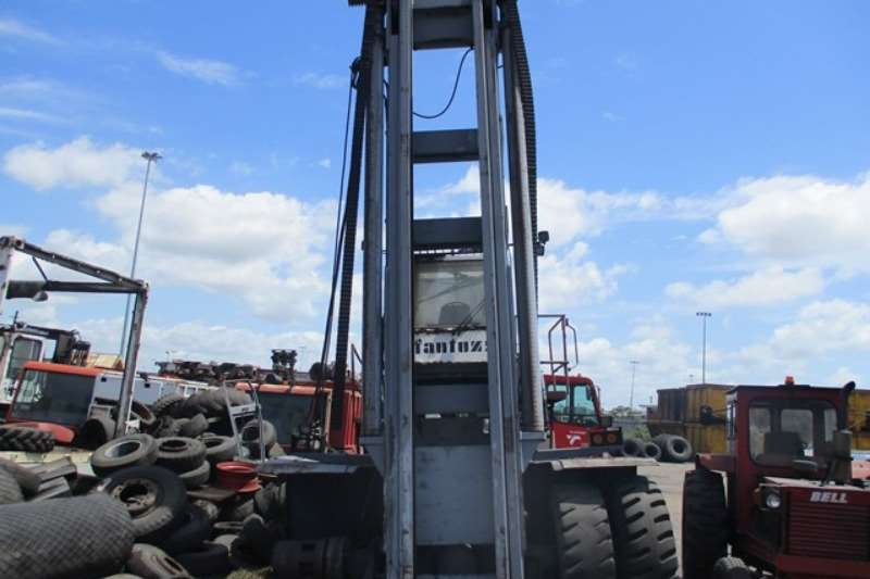 Forklifts Other Diesel Forklift Fantuzzi PGB4201, 25 Ton Heavy Duty Forklift 0
