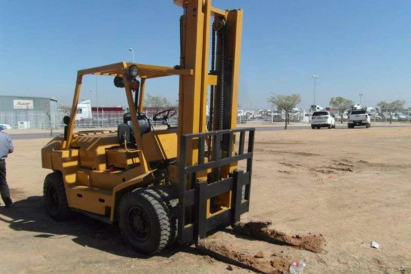 Forklifts TCM Diesel Forklift FD70 7 Ton Forklift 0