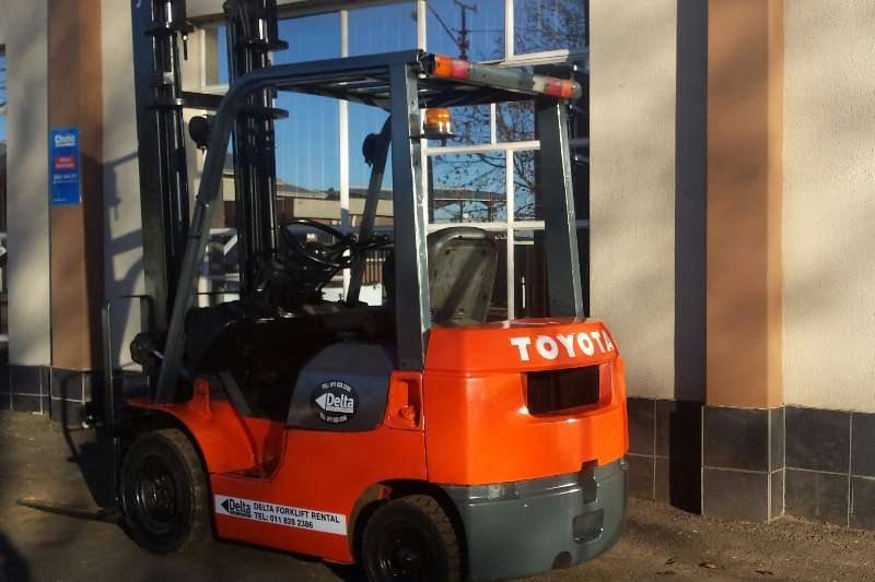 Toyota 02-7FD18 - 7 SERIES Forklifts