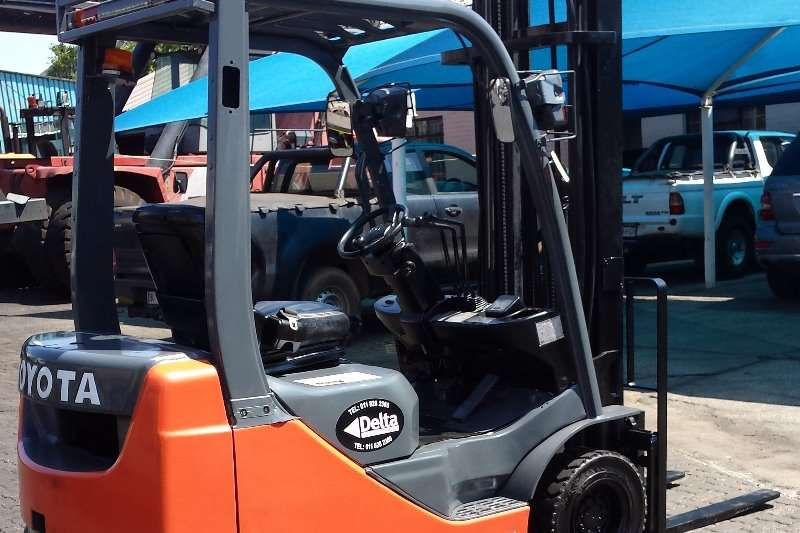 Toyota 08FD18 - 8 SERIES Forklifts