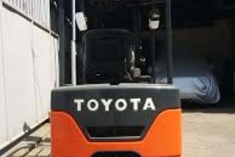 Toyota Diesel forklift 1.8 Ton 3 wheel electric forklift 7FBE18 Forklifts
