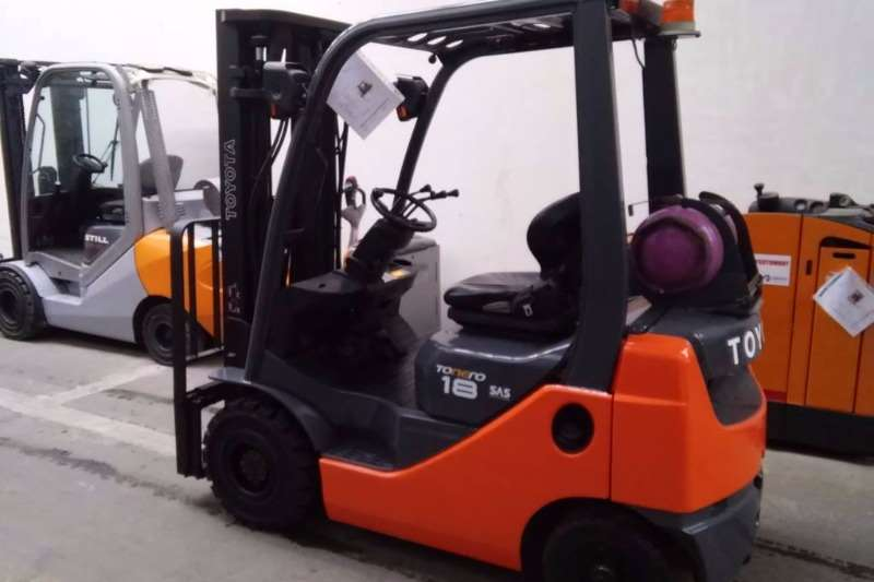Toyota Petrol forklift 1.8 Ton Forklift/Petrol/GAS Toyota 8FG18 Forklifts