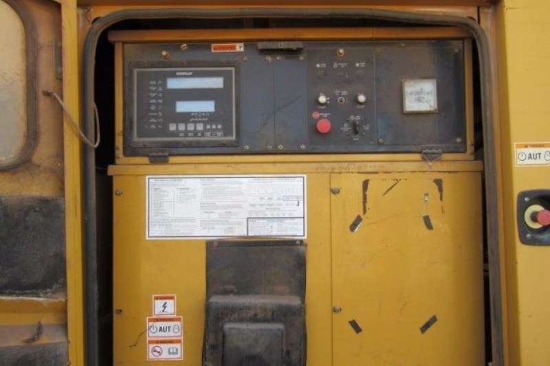 Other Caterpillar 900F, 900 kVA Generator Set Generator