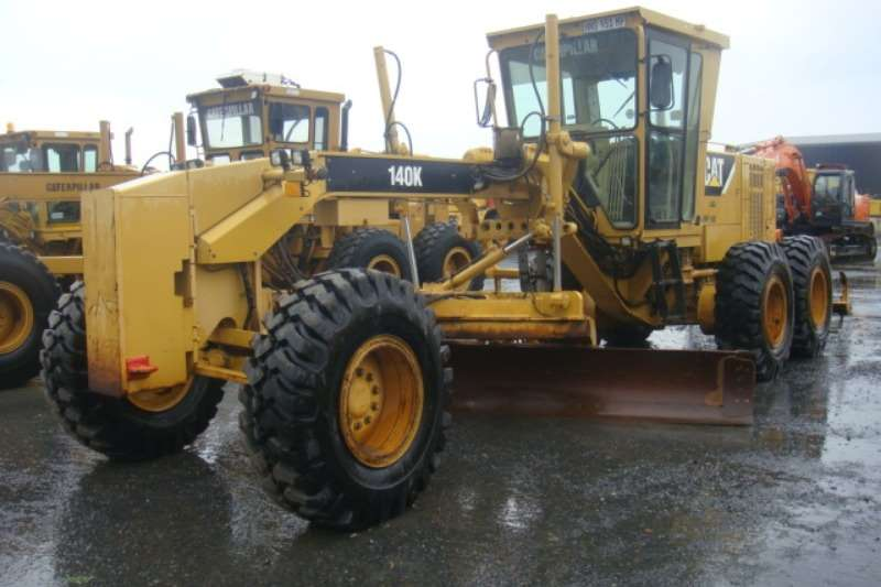 Graders Caterpillar 140 K 2010