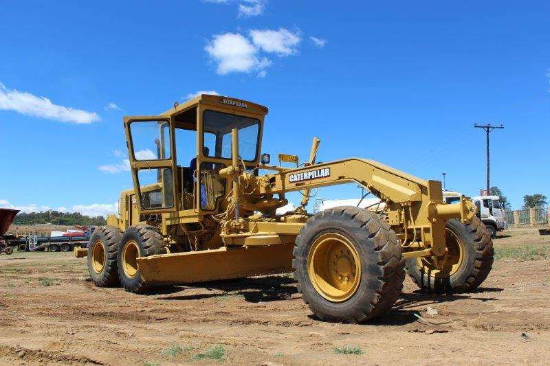 Graders CATERPILLAR 140G GRADER 0