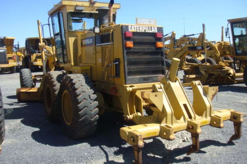 Caterpillar 140H Graders