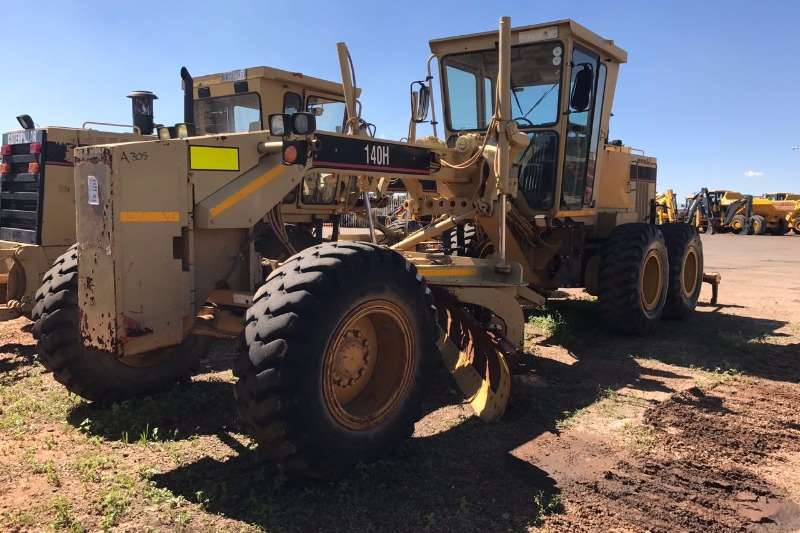 Caterpillar 2003 Caterpillar 140H Graders