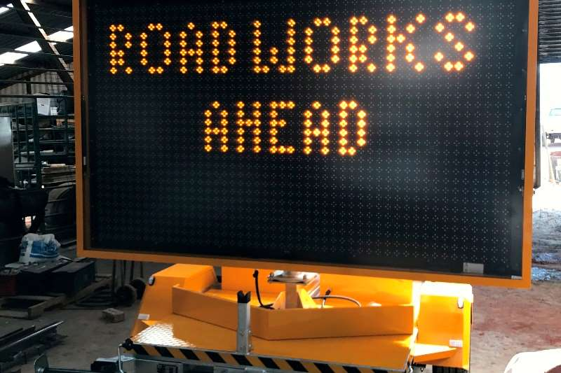 VARIABLE MESSAGE SIGN BOARD LED light towers