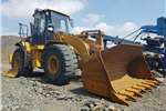 Loaders Caterpillar 2012