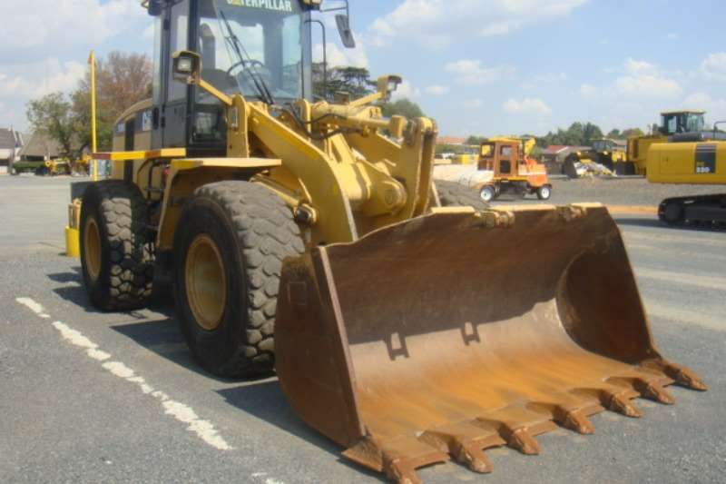Loaders Caterpillar 938 G 2008