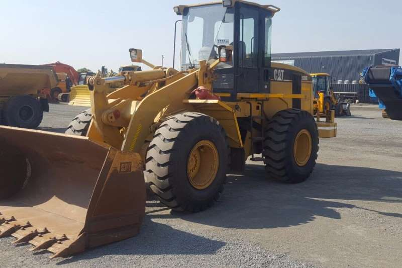 Caterpillar 938G LOADER Loaders
