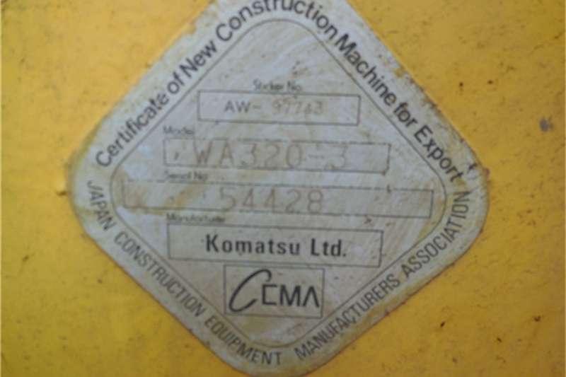 Komatsu WA320 3 LOADER Loaders