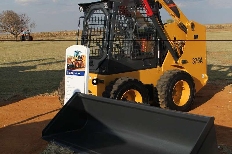 Liugong CLG375A Skid Steer Loader Loaders