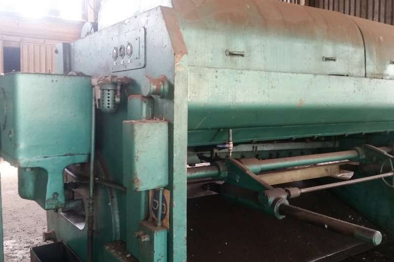 guillotine 16mm x3150 m/bed Others