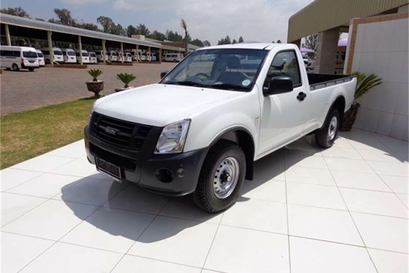 Isuzu KB250D LWB P/U S/C Others