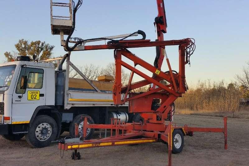 Others Other Mobile Cherry Picker 0