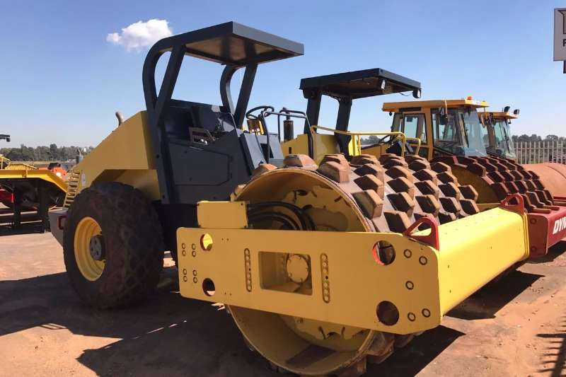 Bomag 2002 Bomag BW212 D-3 Pad Foot Rollers