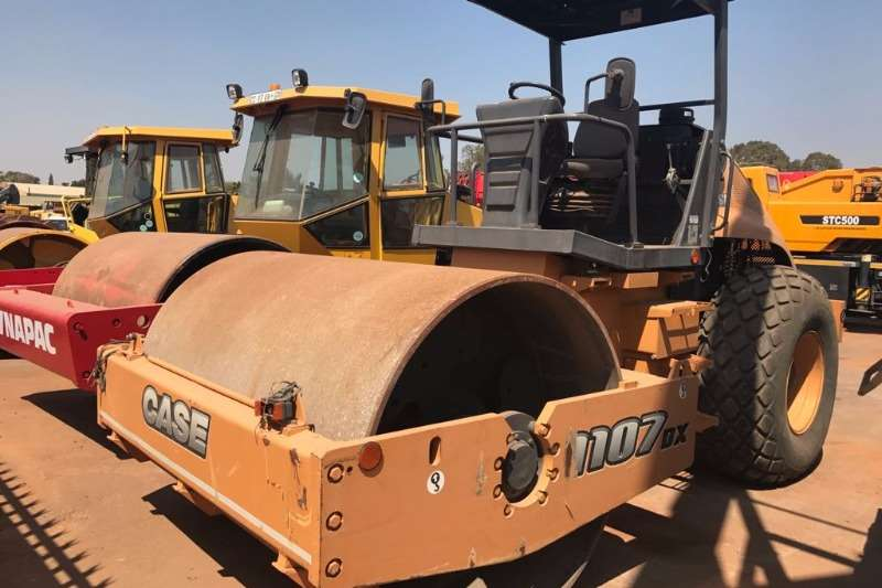 Case 2015 Case 1107DX Rollers