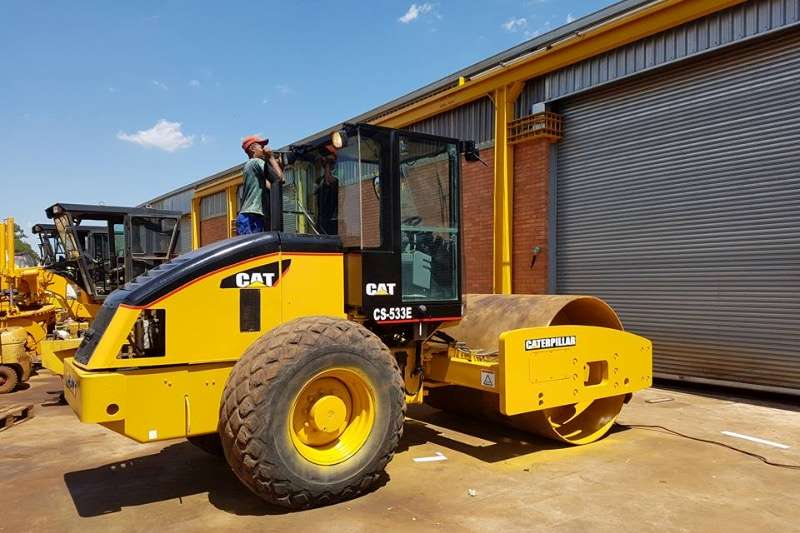 Rollers Caterpillar caterpillar CS-533E roller Smooth drum 2008
