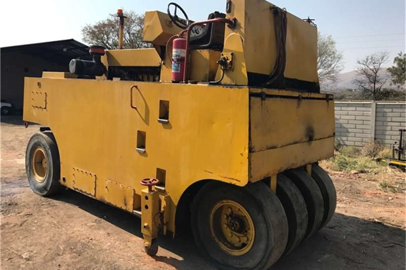 Rollers Ingersoll Rand 27 TON PTR ROLLER 0