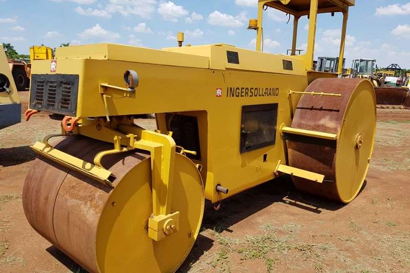 Ingersoll Rand Ingersol rand three point steel drum roller Rollers
