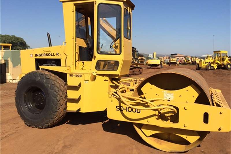 Ingersoll Rand SD100D SMOOTH DRUM ROLLER Rollers