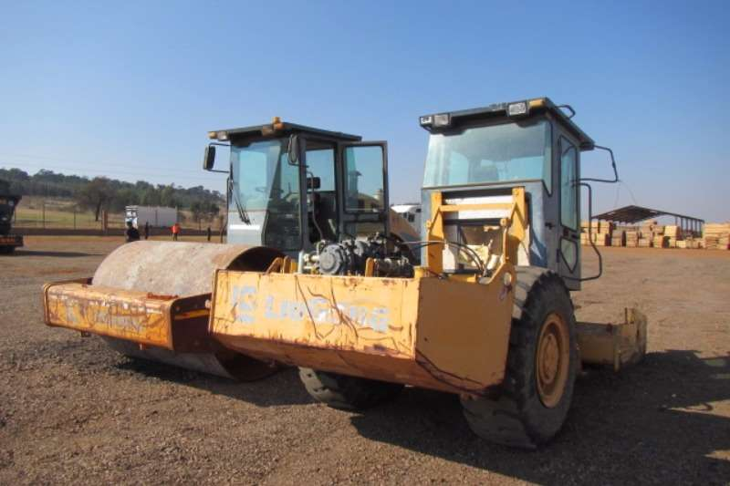 Liugong Liugong CLG614 Vibratory 14t Roller Y05444 2009 wi Rollers