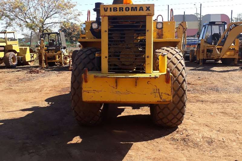 Other Vibromax 12 T Roller Rollers