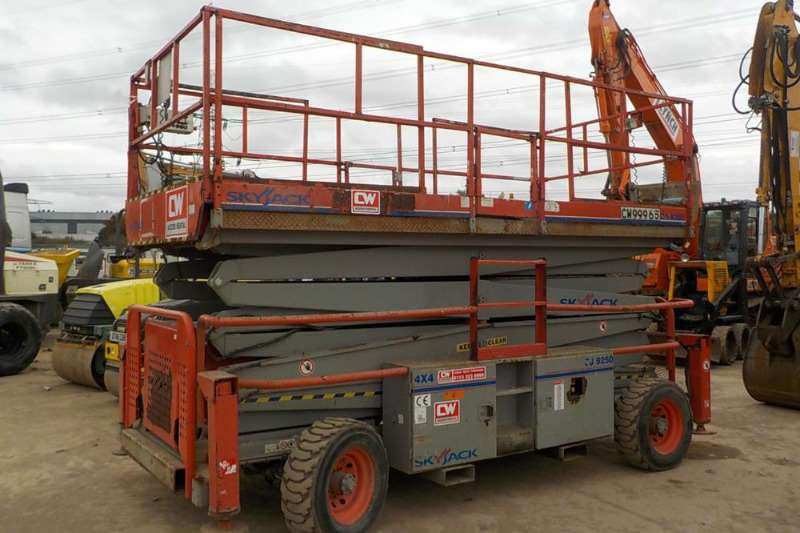Variety Scissor lifts