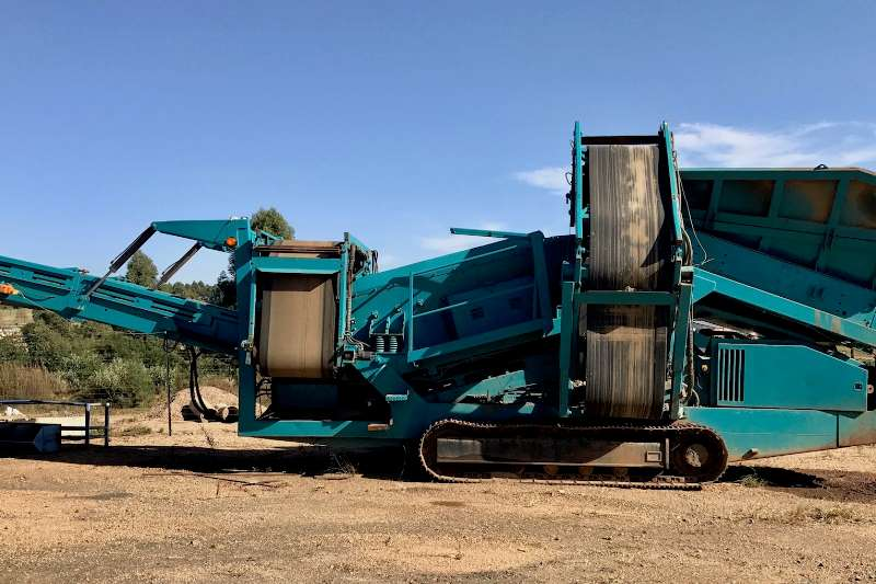 Warrior Powerscreen 1400 Screeners