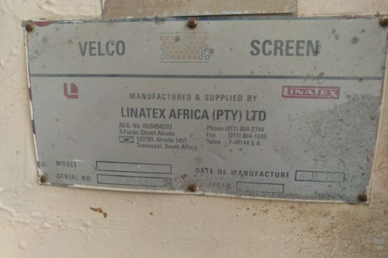 Warrior Velco VD15 18, 6 x 12 Panels Screens Screeners