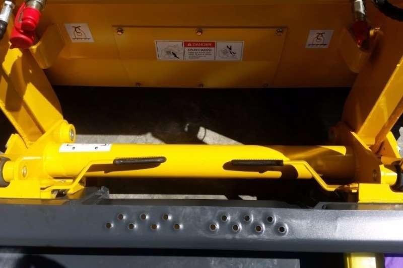 Other Wecan 650F Skid Steer Loader Skidders