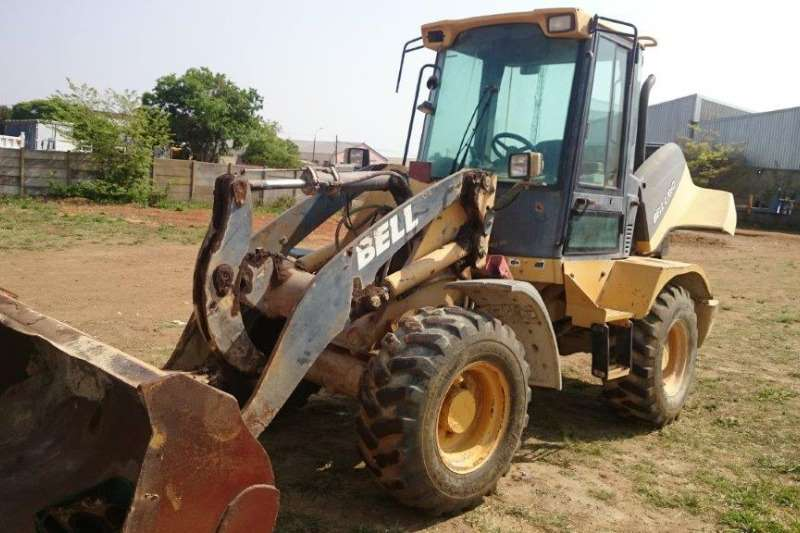 Bell Bell L705D Front Loader TLBs