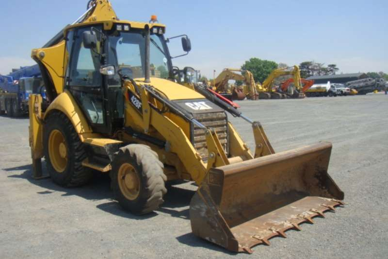 TLBs Caterpillar 428 F 2013